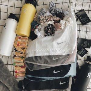 Vsco box! 10 items a box! READ DESC BEFORE BUYING